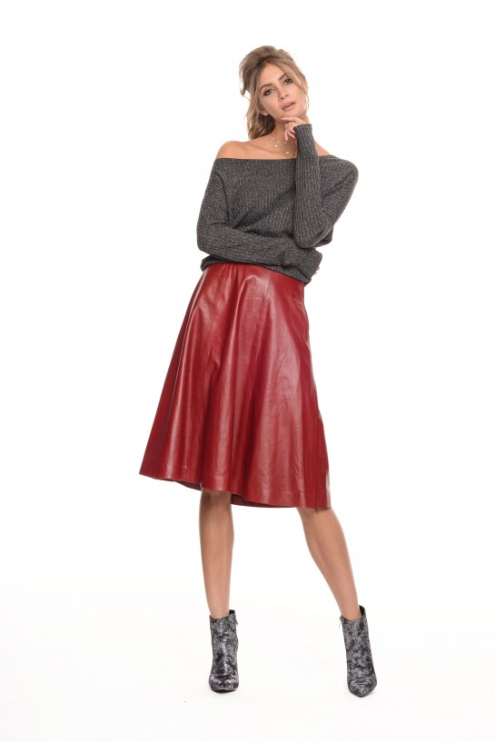 Rozkloszowana spódnica skórzana czerwona