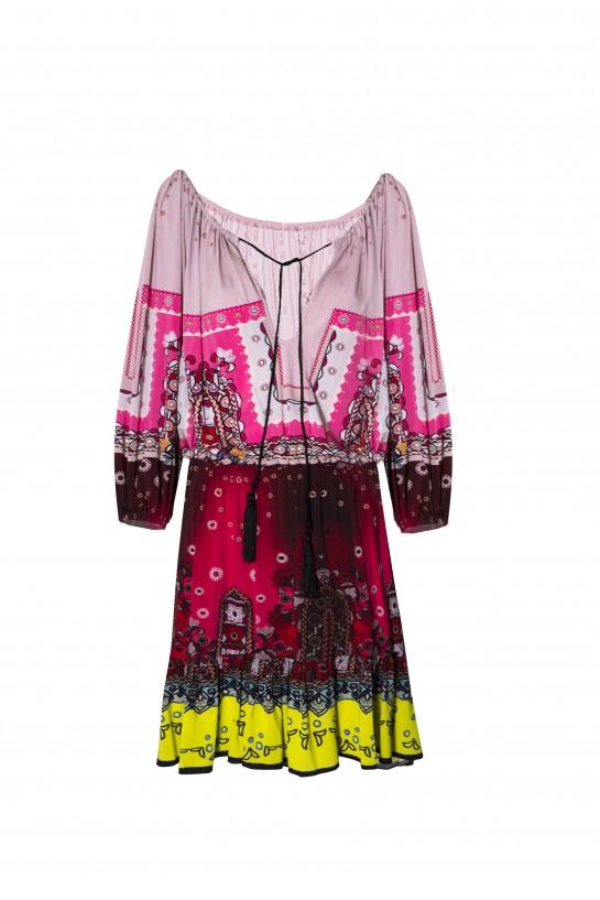 Sukienka z chwostami