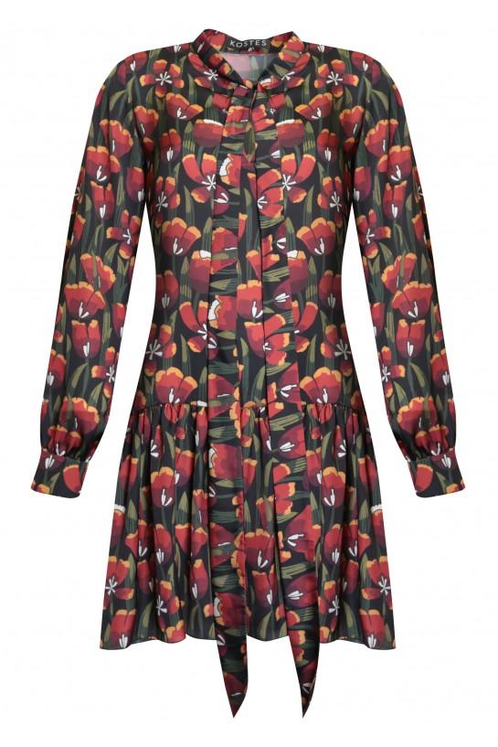 Sukienka z wiązaniem pod szyją