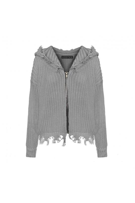 Sweter postrzępiony