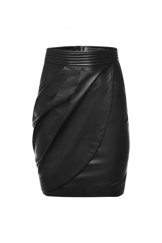 Spódnica ze skóry w kolorze czarnym